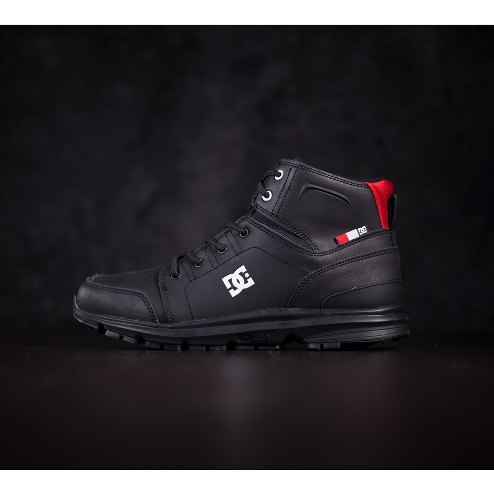 89f8f168eba9 Zimné kožené boty DC shoes model Torestein čierne s čiernou ...
