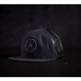 CORE CANVAS TRUCKER