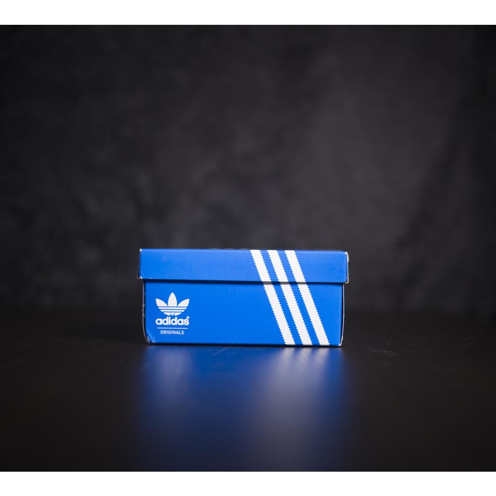 Detské biele tenisky Adidas Superstar s čiernymi pásikmi adidas f8526a49957