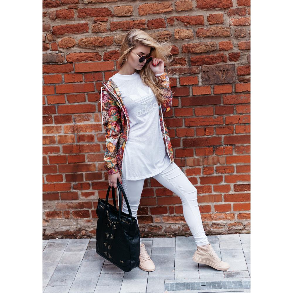 e2bfa1f2b1c9 Biele dámske tričko s dlhým rukávom Adidas T-shirt