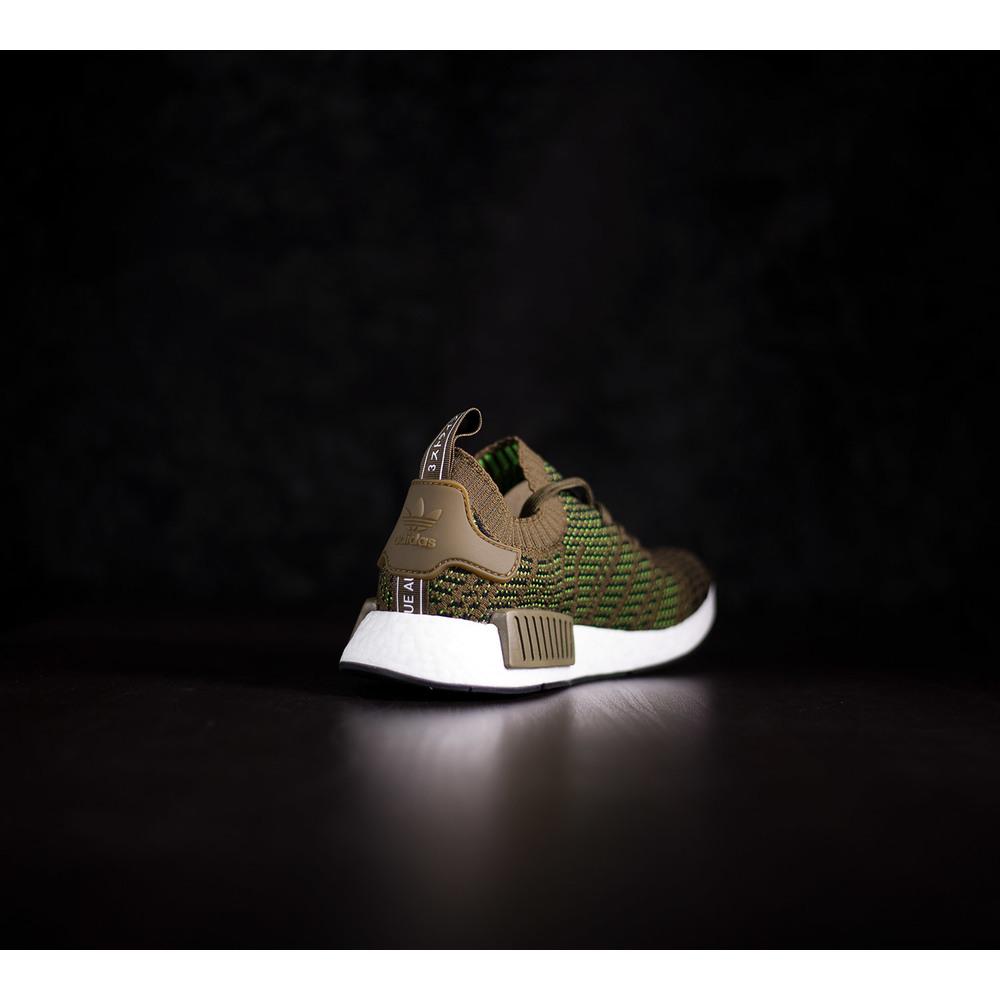 Pánske zelené tenisky Adidas NMD R1 STLT z primeknit materiálu s EVA ... 4afd571d2d3