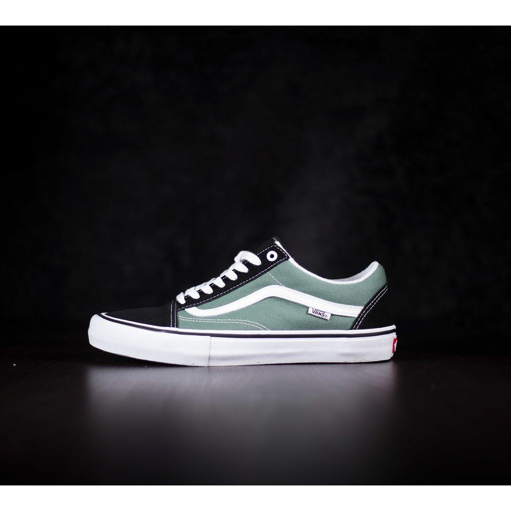 Pánske zeleno-čierne skateboardové tenisky Vans Old Skool Pro s ... d8594fd3ead